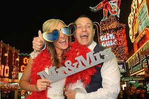 Mr and Mrs Machen's Wedding using our Deluxe Photo Booth